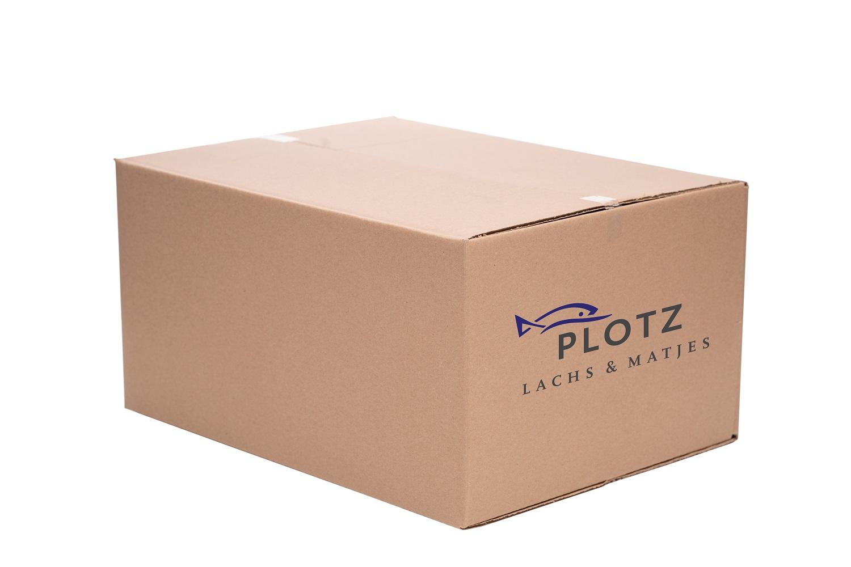 Das ist unsere Styroporbox gut verpackt mit einem Umkarton. So kann die Box nicht beschädigt werden und der Fisch bleibt gut gekühlt.