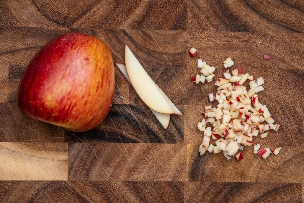 Matjes Hausfrauenart passt sehr gut mit Äpfeln zusammen