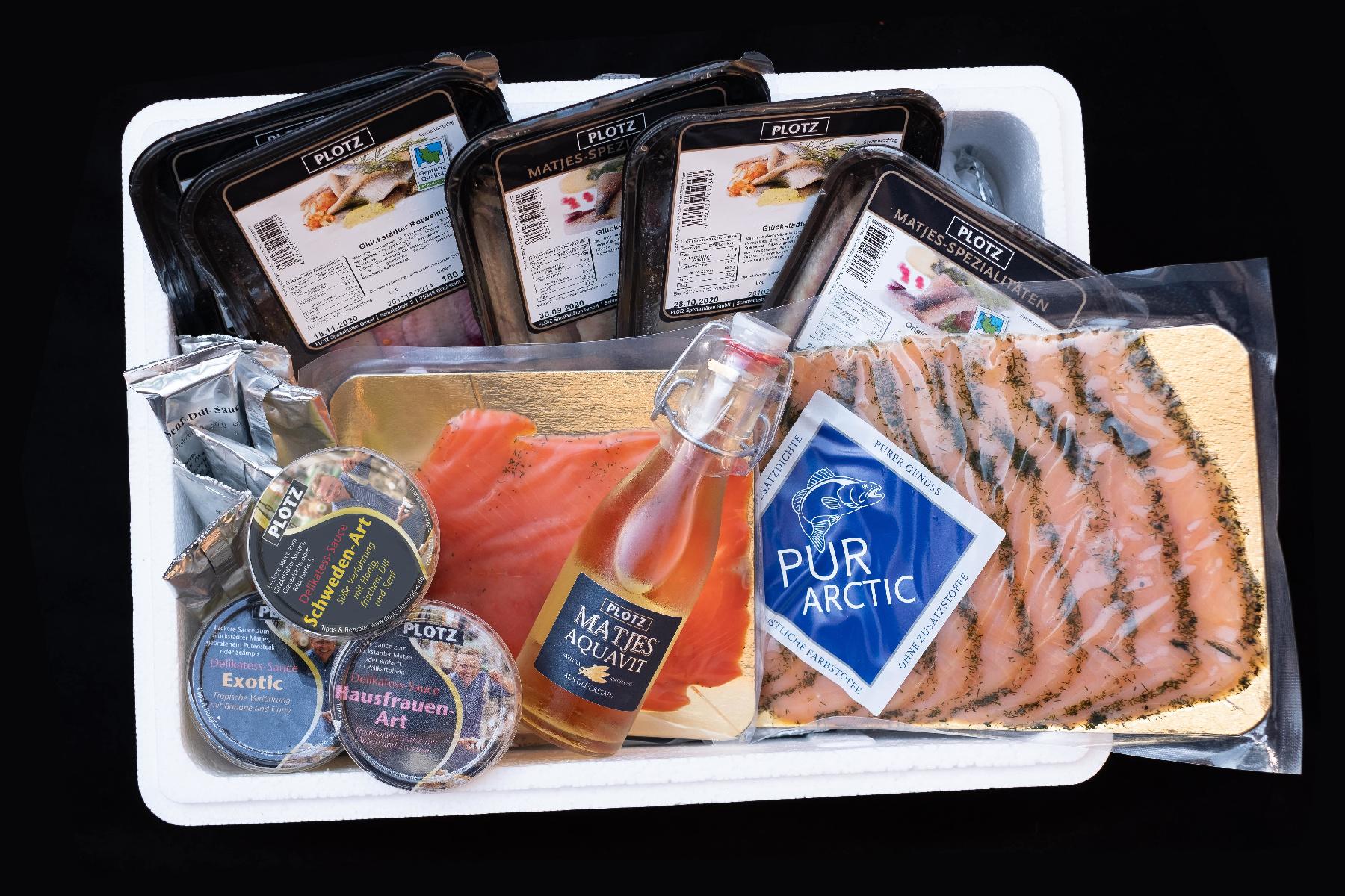 Das ist unsere Styroporbox mit den Produkten aus dem Fisch Paket.